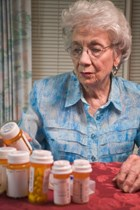 Improved Medicare Part D drug coverage leads to rise in antibiotic use, study finds