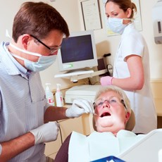 On average, 10% of long-term care residents received a dental exam during their stay