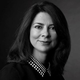 Lesly Marban, Senior VP, Post-Acute Care, Marketing, Medline Industries