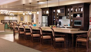 Brookdale Roswell's dining and gathering areas, as well as its life skill stations, offer residents with dementia a more residential feel while meeting their medical and therapeutic needs.