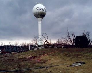 Illinois nursing home damaged by tornado, evacuated