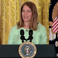 "MedPAC recommends that Secretary Burwell implement a unified system ""sooner than is currently legislated."""