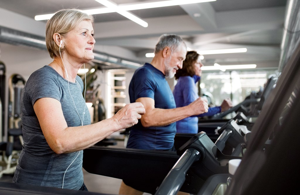 People diagnosed with Alzheimer's should avoid strenuous workouts.